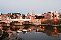 Roma 12 Maggio 2012 .La basilica di San Pietro, il fiume Tevere e ponte Vittorio Emanuele II.<br /> Rome May 12, 2012. Basilica of St. Peter's,  the Tiber River and Ponte Vittorio Emanuele II.