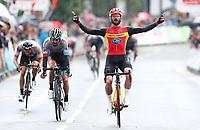 Picture by Alex Whitehead/SWpix.com 12/05/2017 -  Tour Series Round 3 Northwich - Men's Race - Enrique Sanz wins
