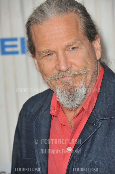 Jeff Bridges at the 2013 Guys Choice Awards at Sony Studios, Culver City.<br /> June 8, 2013  Los Angeles, CA<br /> Picture: Paul Smith / Featureflash