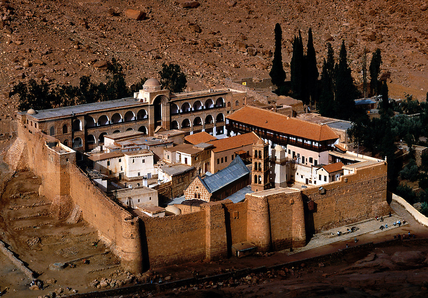 Aerial view of St. Catherine's Monastery , Coptic Christian, The Sinai ...: miraimages.photoshelter.com/image/I0000eEAcmIQmE6I