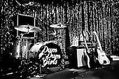 DUM DUM GIRLS (2011)