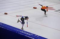SCHAATSEN: HEERENVEEN: 05-02-2017, KPN NK Junioren, Junioren B Dames 1000m, Michelle de Jong, Rachelle van de Griek, ©foto Martin de Jong