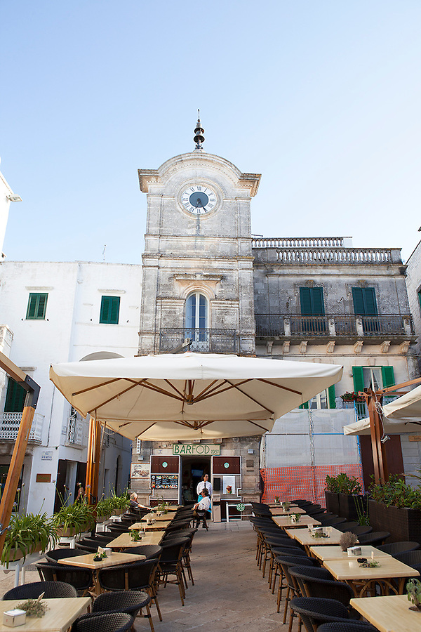 Outdoor cafe in Puglia, Italy