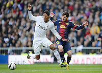 FUSSBALL  INTERNATIONAL  PRIMERA DIVISION  SAISON 2012/2013   26. Spieltag  El Clasico   Real Madrid  - FC Barcelona        02.03.2013 Lionel Messi (re, Barca) gegen Raphael Varane (Real Madrid)