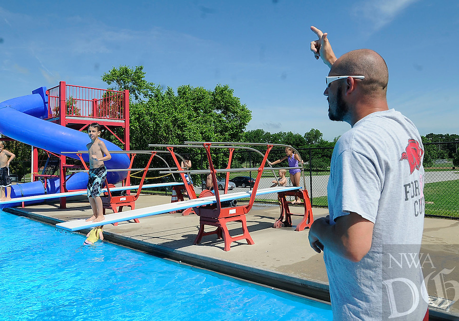 Adg fea dive nwa democrat gazette for Bentonville pool