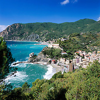 Italy, Liguria, Monterosso al Mare: View of Cinque Terre village, UNESCO World Heritage SiteMonterosso al Mare | Italien, Ligurien, Cinque Terre, Monterosso al Mare: UNESCO-Weltkulturerbe