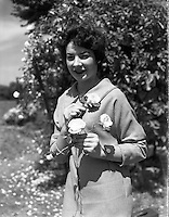 Alice O'Sullivan, Dublin Rose, Winner of Rose of Tralee at Trimlestown Gardens, Booterstown .(For The Kerryman).20/06/1959