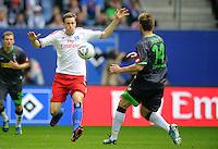 FUSSBALL   1. BUNDESLIGA   SAISON 2011/2012    6. SPIELTAG Hamburger SV - Borussia Moenchengladbach            17.09.2011 Marcell JANSEN (li, Hamburg) gegen Thorben MARX (re, Moenchengladbach)