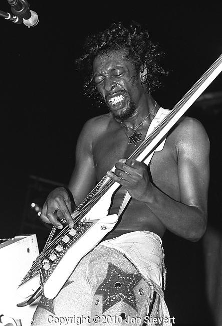 Bootsy Collins, June 2,1978, Oakland Coliseum Arena, Oakland, CA, 35-19-16