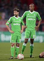 FUSSBALL   1. BUNDESLIGA  SAISON 2012/2013   10. Spieltag 1. FC Nuernberg - VfL Wolfsburg      03.11.2012 Diego, Naldo  (v. li., VfL Wolfsburg)
