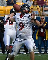 20 October 2007: Cincinnati Bearcats quarterback Ben Mauk..The Pitt Panthers defeated the Cincinnati Bearcats 24-17 on October 20, 2007 at Heinz Field, Pittsburgh, Pennsylvania.
