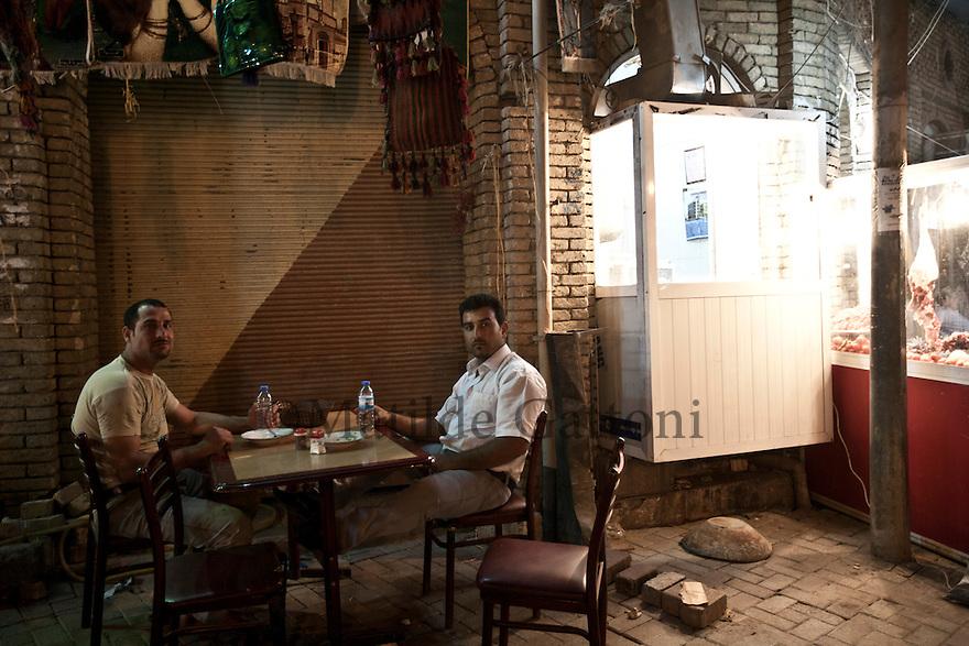 Iraq - Kurdistan - Erbil -   Kurds sitting at a traditional cafe' next to the Citadel