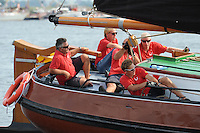 ZEILEN: SNEEK: Snitser Mar, 01-08-2014, SKS skûtsjesilen, Schipper Douwe Azn. Visser met het Skûtsje Doarp Grou op weg naar het kampioenschap, ©foto Martin de Jong