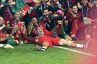 FUSSBALL EURO 2016 FINALE IN PARIS  Portugal - Frankreich          10.07.2016 Cristiano Ronaldo jubelt mit dem Pokal