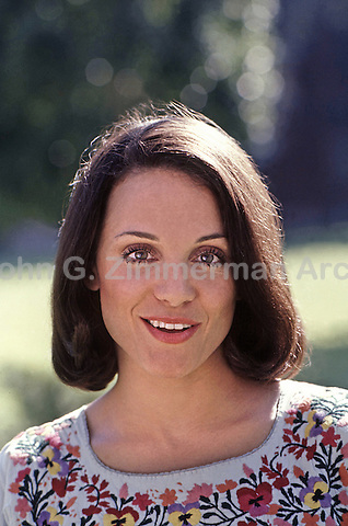 """Portrait of Valerie Harper during first season of """"Rhoda,"""" a spin-off of the Mary Tyler Moore Show. CBS Studios, Los Angeles, 1974."""