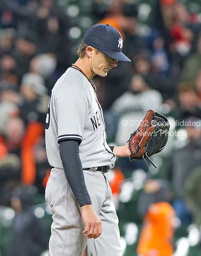 New York Yankees relief pitcher Tyler Clippard (29) bows his head after giving up the game-winning 2 run home run to Baltimore Orioles right fielder Seth Smith in the seventh inning at Oriole Park at Camden Yards in Baltimore, MD on Friday, April 7, 2017.  The Orioles won the game 6 - 5.<br /> Credit: Ron Sachs / CNP<br /> (RESTRICTION: NO New York or New Jersey Newspapers or newspapers within a 75 mile radius of New York City)
