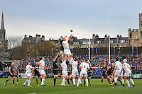 Dave Attwood of Bath Rugby competes with Hayden Triggs of Leinster Rugby for the ball at a lineout. European Rugby Champions Cup match, between Bath Rugby and Leinster Rugby on November 21, 2015 at the Recreation Ground in Bath, England. Photo by: Patrick Khachfe / Onside Images