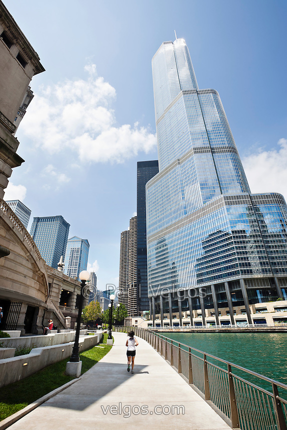 Along The Chicago River in