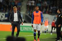 VOETBAL: HEERENVEEN: Abe Lenstra Stadion 29-08-2015, SC Heerenveen - PEC Zwolle, uitslag 1-1, trainer/coach Dwight Lodeweges en Kenneth Otigba (#3), ©foto Martin de Jong