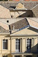 Europe/France/Languedoc-Roussillon/30/Gard/ Uzès: Les toits d'Uzés et  l'Eglise Saint-Etienne  vus  depuis la tour  Bermonde du Duché