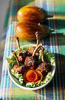 Europe/France/DOM/Antilles/Petites Antilles/Guadeloupe/Pointe-à-Pitre : Les croustilles de poulet de Netty Foggea pour la fête des cuisinières
