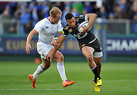 Anthony Watson of Bath Rugby looks to get past Luke Fitzgerald of Leinster Rugby. European Rugby Champions Cup match, between Bath Rugby and Leinster Rugby on November 21, 2015 at the Recreation Ground in Bath, England. Photo by: Patrick Khachfe / Onside Images