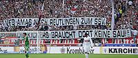Fussball  1. Bundesliga  Saison 2013/2014  8. Spieltag VfB Stuttgart - SV Werder Bremen     05.10.2013 VfB Stuttgart Fans in der Cannstatter Kurve fordern mit einem Banner; VfB Amas nach Reutlingen zum SSV, die Kickers Braucht dort keine Sau!