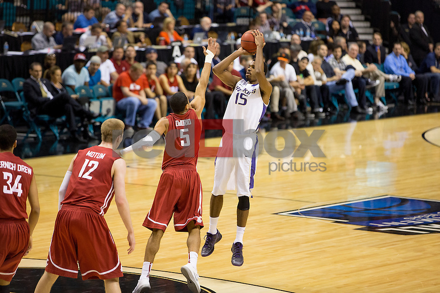 The University of Washington men's basketball team defeats Washington State University 64-62 in the first round of the Pac-12 Tournament at the MGM Grand Hotel in Las Vegas on Tuesday March 12, 2013. (Photography By Scott Eklund/Red Box Pictures)...
