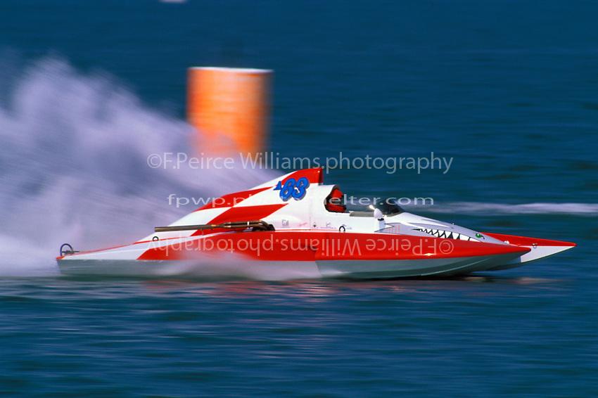Steve Linn, A-63  (2.5 MOD class hydroplane(s)Hampton, 1997