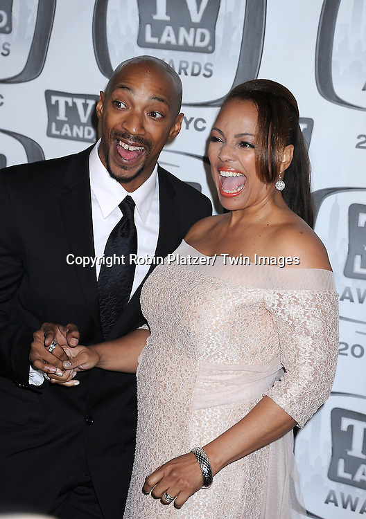 Kim Fields and husband Christopher Morgan attending The TV Land Awards    Kim Fields Father