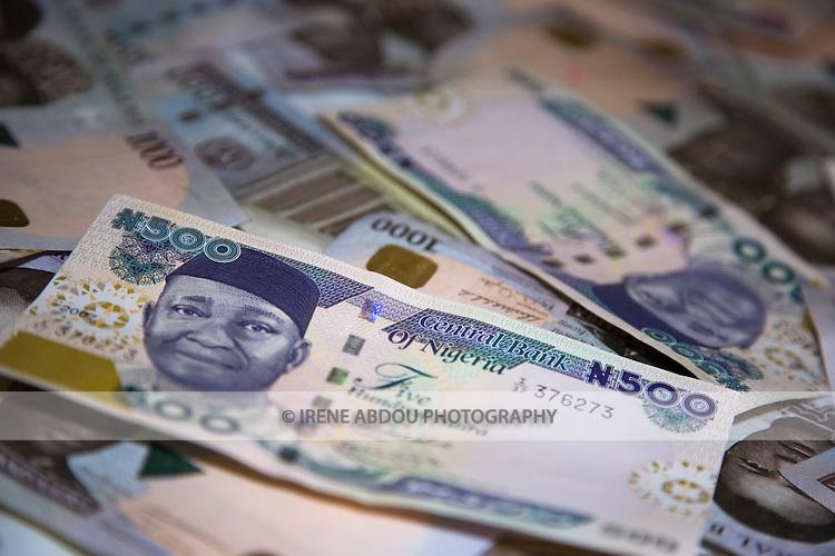 500 and 1000 naira bills (Nigerian currency)
