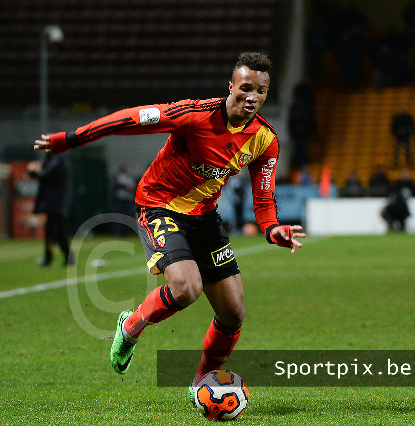 20140303 - LENS , FRANCE : Lens Jean-Philippe Gbamin pictured during the soccer match between Racing Club de LENS and FC TOURS , on the twenty sixth matchday in the French Ligue 2 at the Stade Bollaert Delelis stadium , Lens . Monday 3 March 2014. PHOTO DAVID CATRY