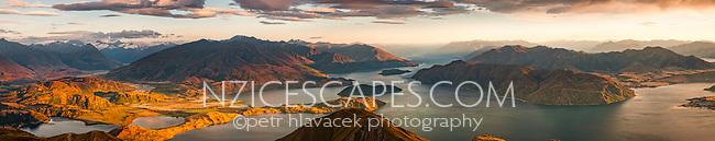 Sunrise over Lake Wanaka as seen from Roys Peak 1578m, Central Otago, New Zealand