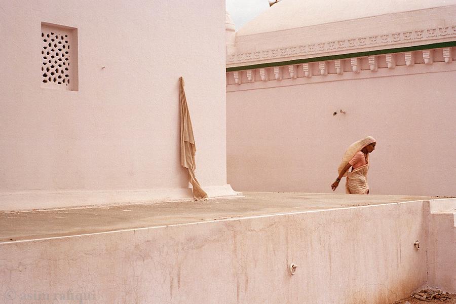 Devotee at a local Sufi shrine