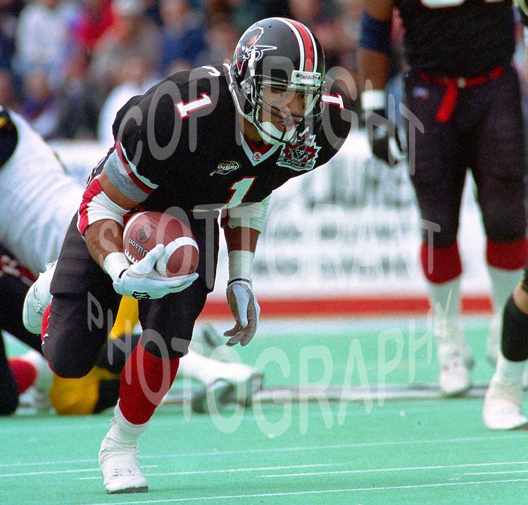 Eddie-Britton-Ottawa-Rough-Riders-1996-5