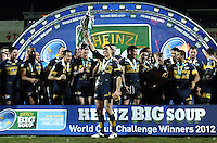 PICTURE BY VAUGHN RIDLEY/SWPIX.COM - Rugby League - Heinz Big Soup World Club Challenge 2012 - Leeds Rhinos v Manly Sea Eagles - Headingley, Leeds, England - 17/02/12 - Leeds Kevin Sinfield lifts the WCC Champions Trophy.