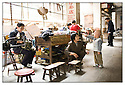 Chine<br /> March&eacute; de long Pi, famille Chinoise