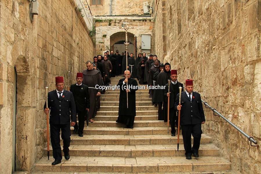 Israel, Jerusalem Old City, the Latin procession arrives to the Church of the Holy Sepulchre on the First Sunday of Lent