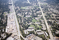 1996 September 23..Assisted Housing..Oakmont North...Aerial.Looking South with Military Highway on left and Chesapeake Boulevard on right...NEG#.NRHA#..HOUSING/OAKMONT2  2:8