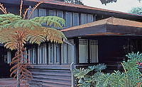 F.L. Wright: Stewart House, 1909-10. Montecito. (First west coast house.)  Photo '82.
