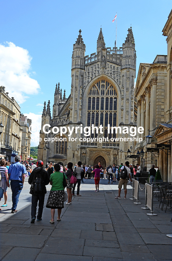 Bath, Somerset, UK, Pump Room is right and Bath Abbey straight ahead. 201407073317<br /> <br /> Copyright Image from Victor Patterson, 54 Dorchester Park, Belfast, UK, BT9 6RJ<br /> <br /> Tel: +44 28 9066 1296<br /> Mob: +44 7802 353836<br /> Voicemail +44 20 8816 7153<br /> w: victorpatterson.com<br /> <br /> e1: victorpatterson@me.com<br /> e2: victorpatterson@gmail.com<br /> <br /> <br /> IMPORTANT: Please see my Terms and Conditions of Use at www.victorpatterson.com