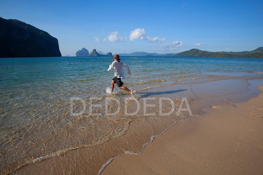Khao Lak Beach moreover 217509856977325349 besides Koh Kood also Globales Tamaimo Tropical Aparthotel TFSTAMA furthermore Tropical Islands 125521. on tropical islands in the sand