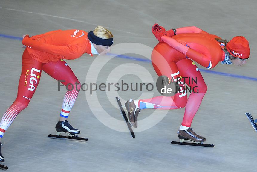SCHAATSEN: HEERENVEEN: Thialf, 14-06-2012, Zomerijs, trainster Marianne Timmer, Margot Boer, ©foto Martin de Jong