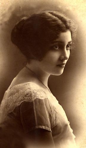 Delia Weber,  1923. © Alfredo Senior.