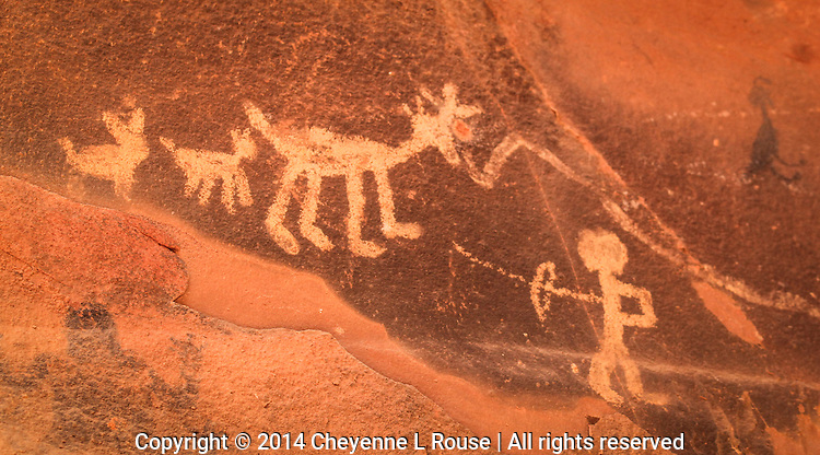 On the Hunt - Pictographs - Arizona - Sedona - Sinagua culture