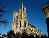 Bell towers and nave, Church of Notre Dame, 12th - 14th century, Mantes-la-Jolie, Yvelines, France