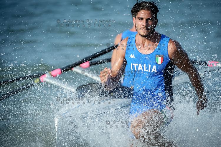 EVANGELISTI TIZIANO nella gara a staffetta di Rowing Beach Sprint , Pescara Agosto 28, 2015. Photo: Adamo Di Loreto