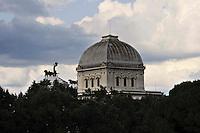 Roma 25 Luglio 2010.La cupola della Sinagoga di Roma.