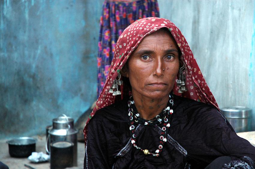 Maldhari woman with ears heavy with silver..Michael Benanav - mbenanav@gmail.com
