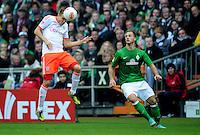 FUSSBALL   1. BUNDESLIGA  SAISON 2012/2013   6. Spieltag   SV Werder Bremen - FC Bayern Muenchen          29.09.2012 Holger Badstuber (li, FC Bayern Muenchen) gegen Marko Arnautovic (re, SV Werder Bremen)